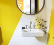 Smart-yellow-bathroom-design