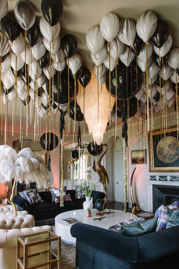 White-and-black-balloons-decoration