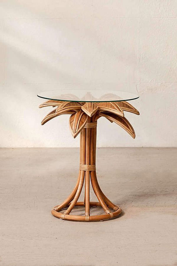 Amazing-rattan-stand-table