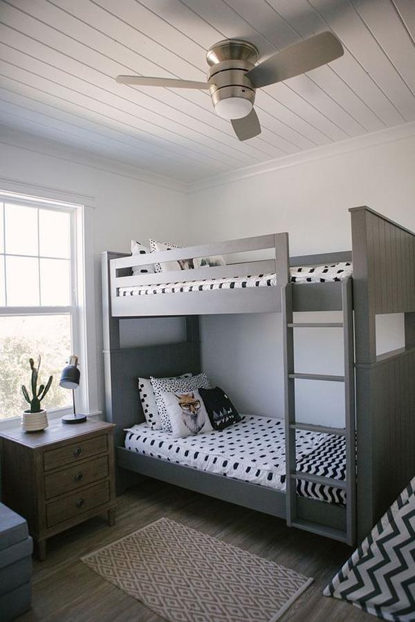 Beautiful-twin-bedroom-weith-grey-theme
