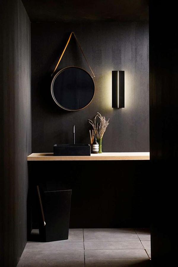 Black-and-brass-bathroom-ideas