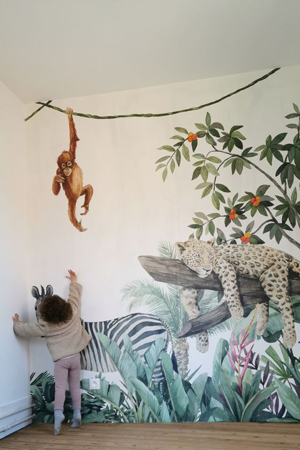 Kids-room-wallpaper-with-jungle-theme