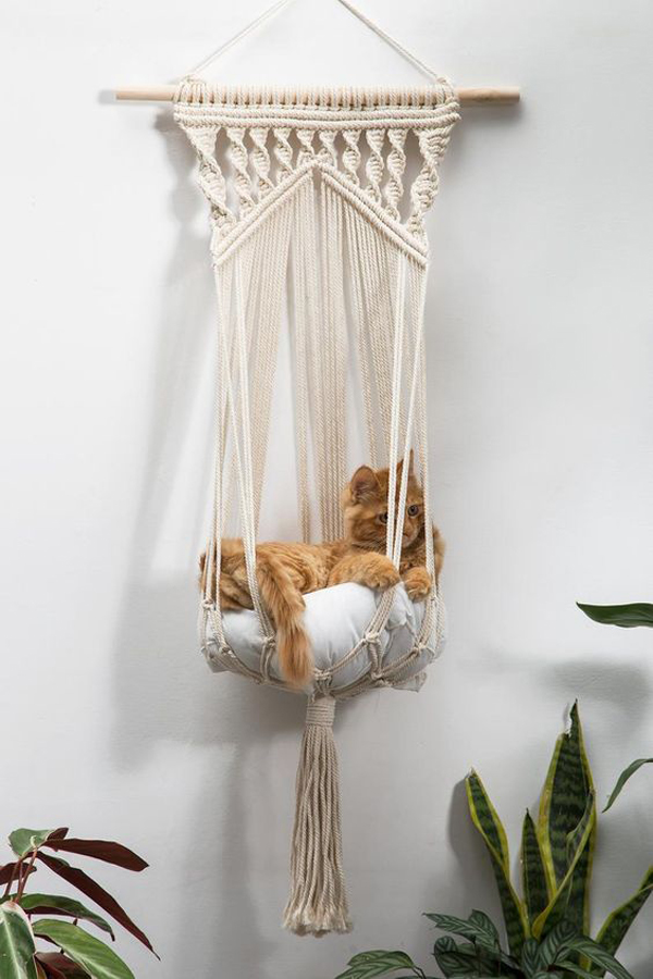 Macrame-hanging-cat-bed