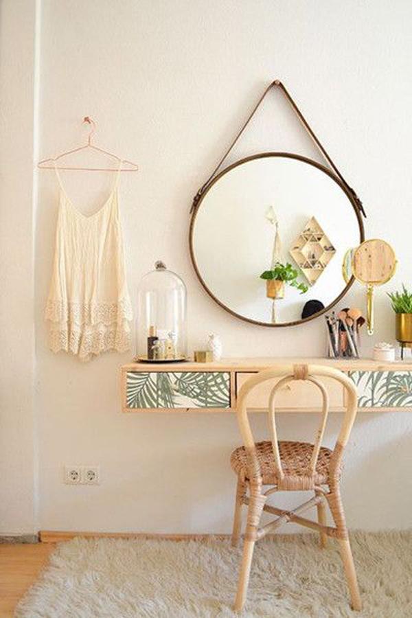 Modern-vanity-table