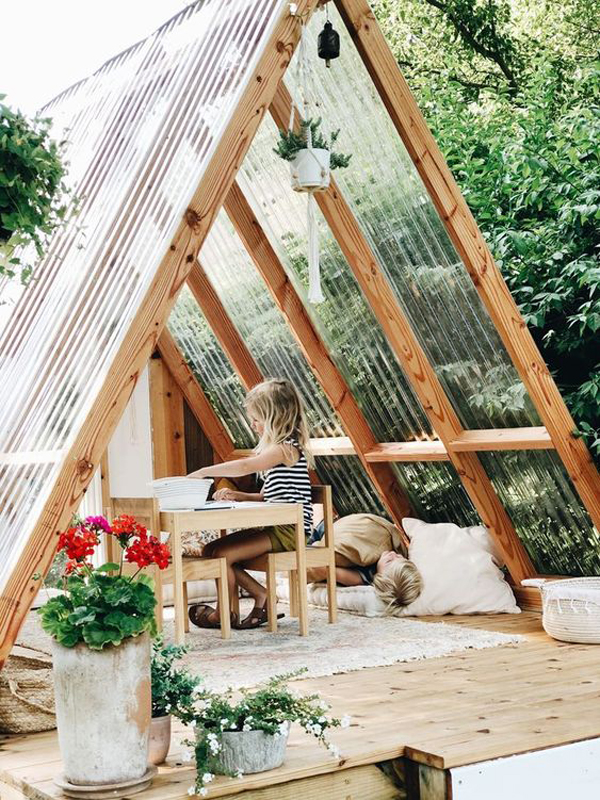 Playhouse-for-summer-time
