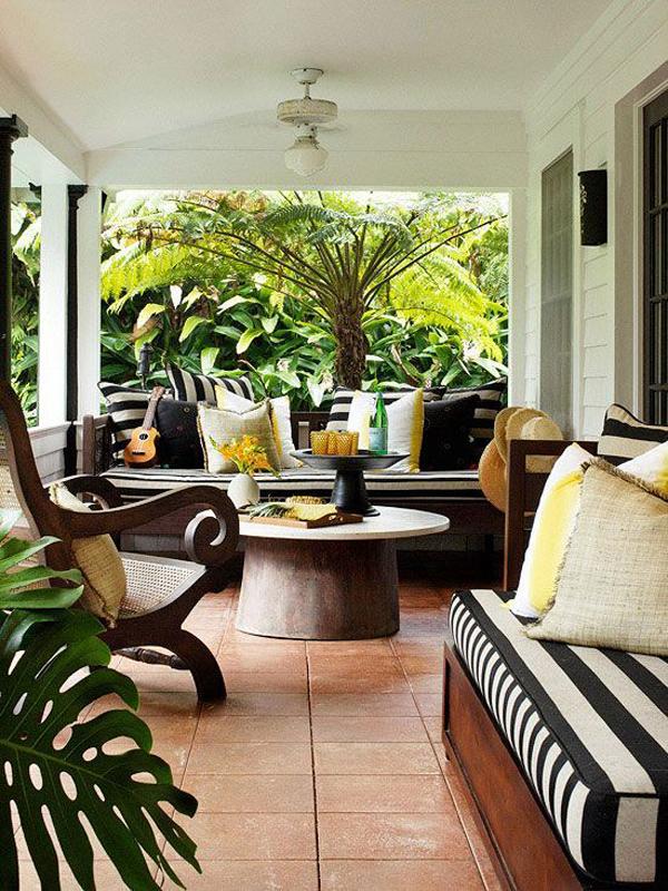Prettiest-porch-with-Zebra-theme