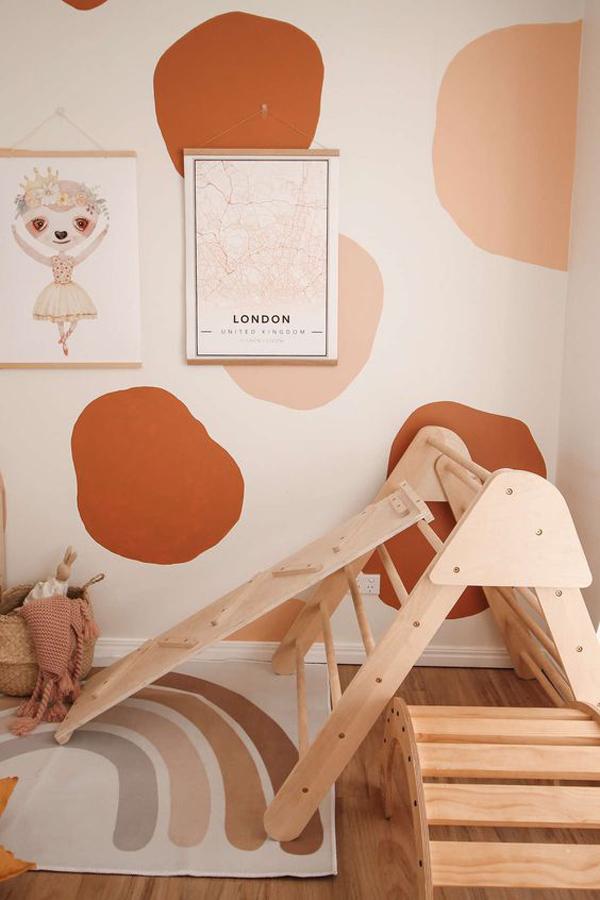 Smart-play-room-for-nursery-decor