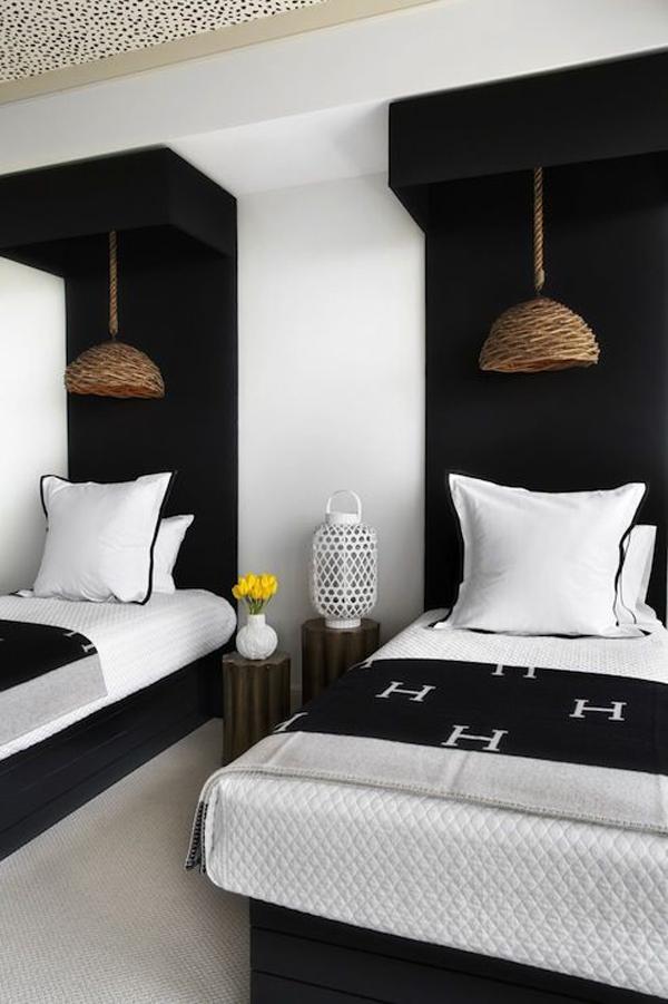 Twin-bedroom-with-Bohemian-theme