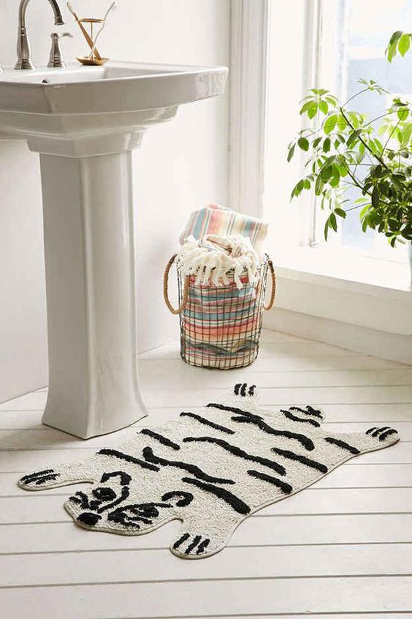 White-tiger-bath-mat