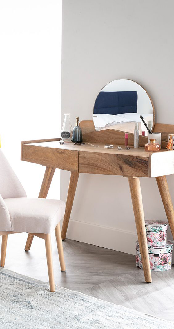 Wooden-dressing-table