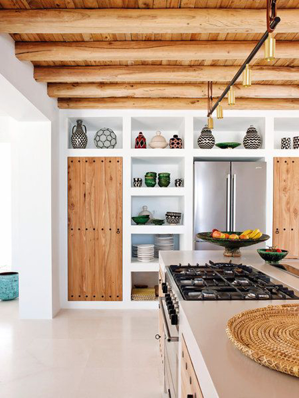 Exotic-kitchen-in-the-wooden-design