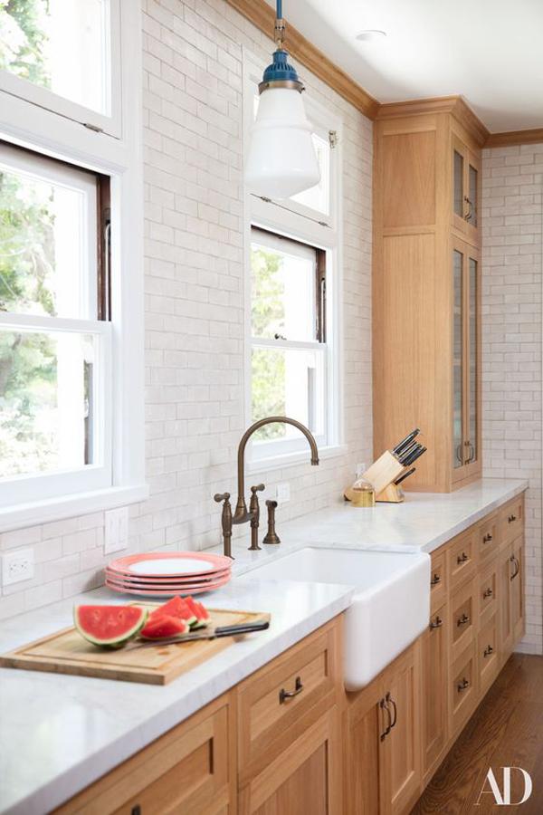 Wooden-kitchen-cabinets